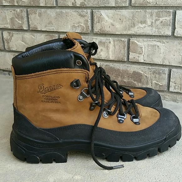 Danner Combat Hiker men's boots vibram sole